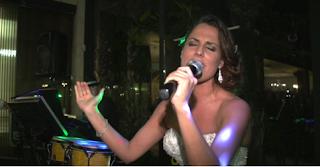 sorpresa novia sorprende cantando